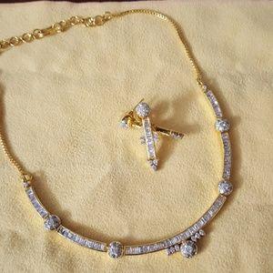 Jewelry - Silver plated w 22kt gold w Swarovski Necklace